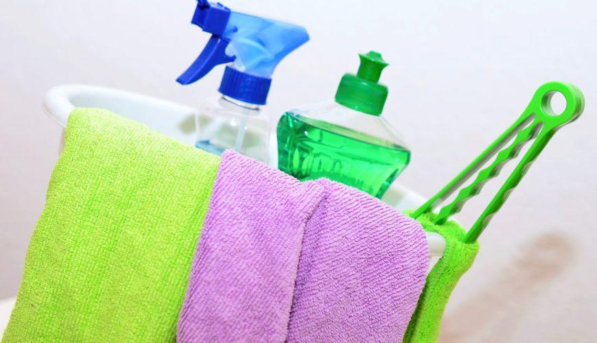 Produits et matériel de nettoyage